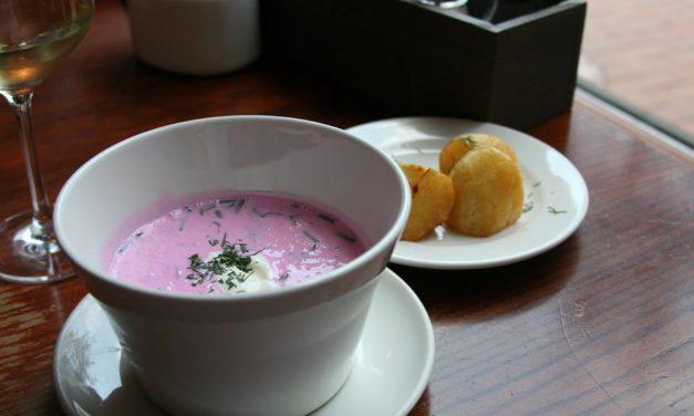 Lithuanian cold soup (Chłodnik Litewski)