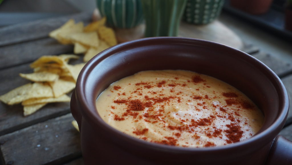 5-MINUTE CHEESE AND CHILLI DIP