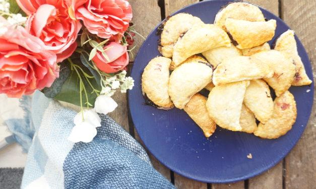 Pierożki z ciasta francuskiego z borówkami