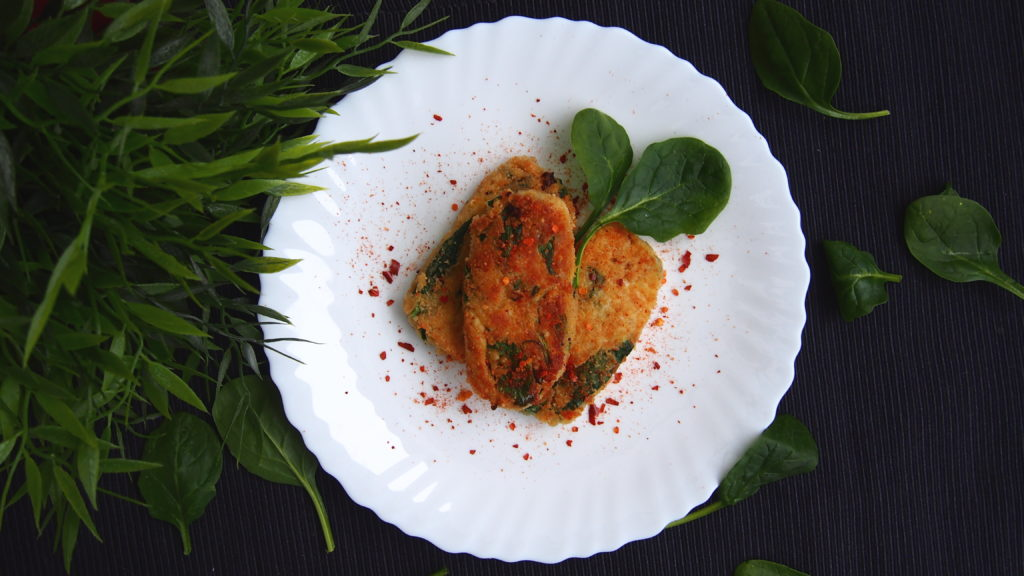Millet croquettes stuffed spinach and cheese