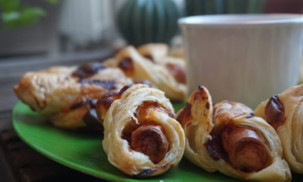 Vienna sausage in puff pastry
