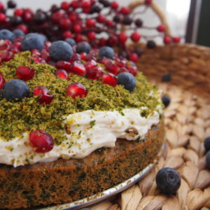 """Green spinach cake """"forest"""" or """"forest moss"""""""