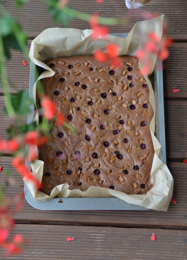 brownie z porzeczką