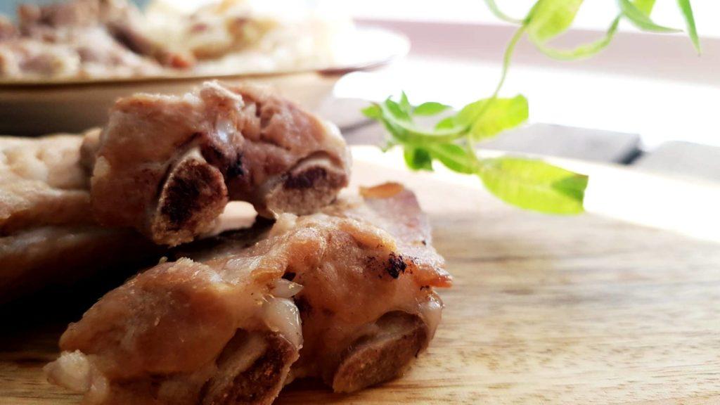 Braised pork ribs