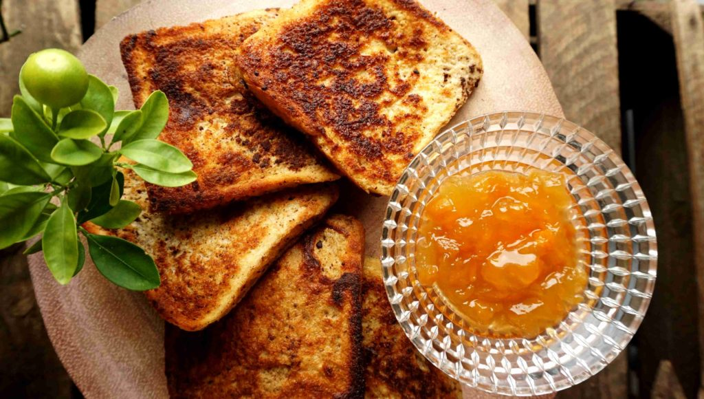 Cinnamon french toasts